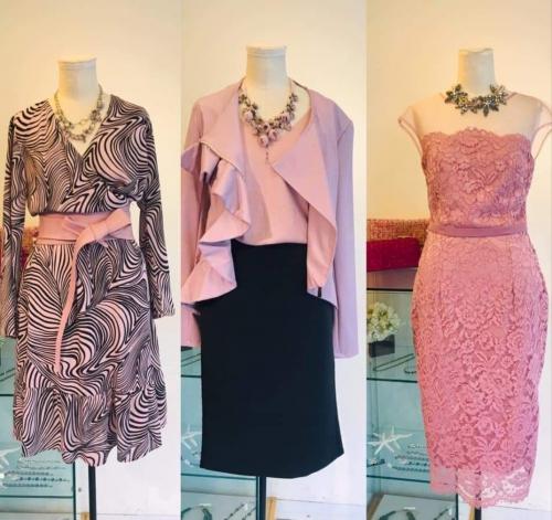 ドレスフェア ピンクのワンピースディスプレイ