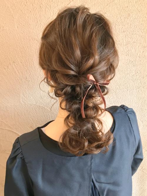 編みおろしアレンジ 結婚式 お呼ばれヘア