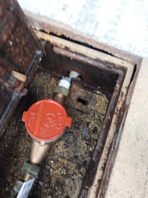 水道管破裂修理