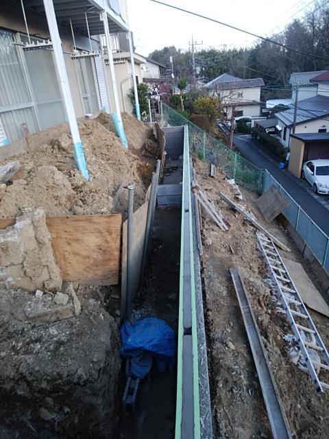 川崎市麻生区でデッキ工事。