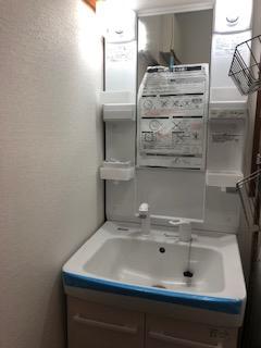 坂戸市にて洗面台交換工事を施工しました