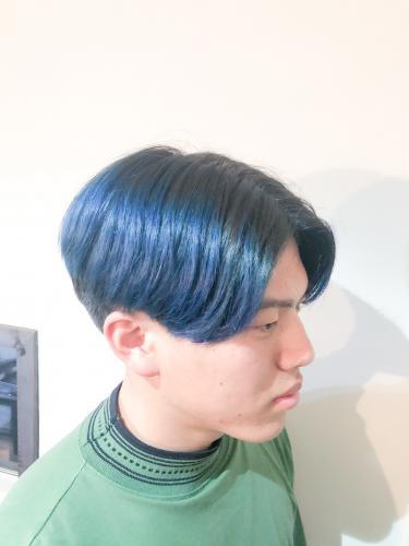 青髪 ブルーヘア グラーデションカラー