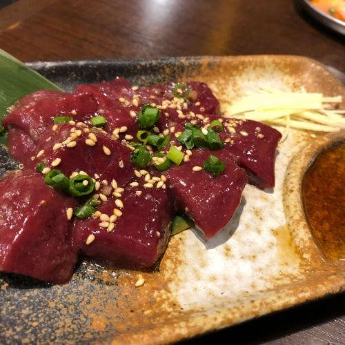 渋谷発祥!醤油で食べるホルモン焼肉酒場。生レバーを炙れ‼️
