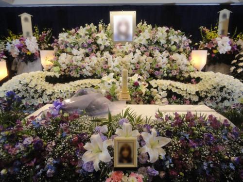 奥様はカメラマン 葬祭館おおみや まごころA 家族葬