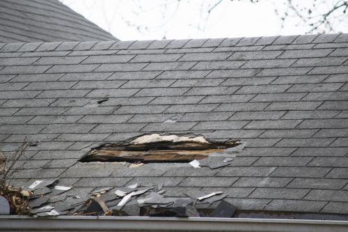 横浜市で火災保険を利用した屋根工事はマルセイテックへ