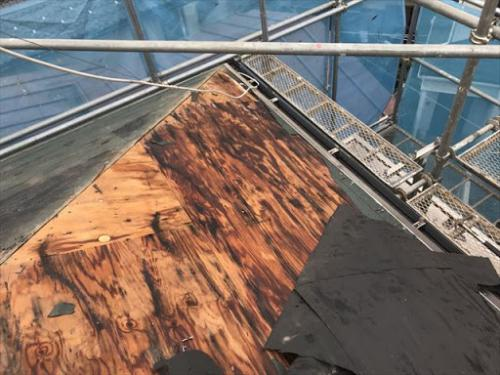 【相模原市】雨漏りにお困りの方は屋根工事のプロ在籍の弊社へ!