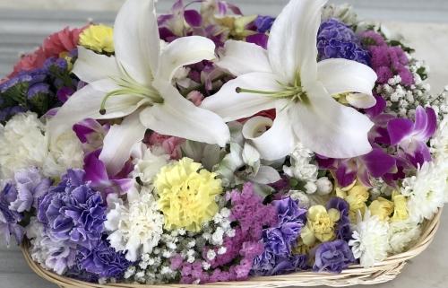 秦野市斎場と茅ヶ崎市斎場でお花でお別れ火葬のみ