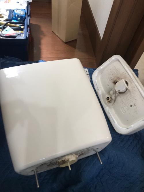 志木市にてトイレ修理実施。