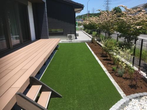 野田市でシンプルデザインの癒しの庭工事!