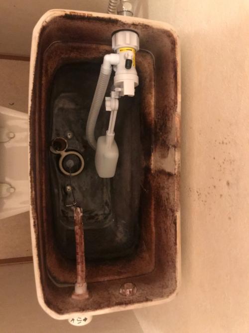 練馬区にてトイレ修理実施。
