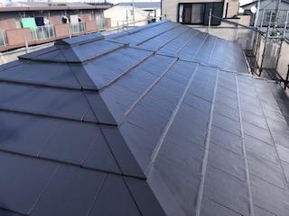 鶴ヶ島市で屋根モニエル瓦の塗装工事を施工致しました