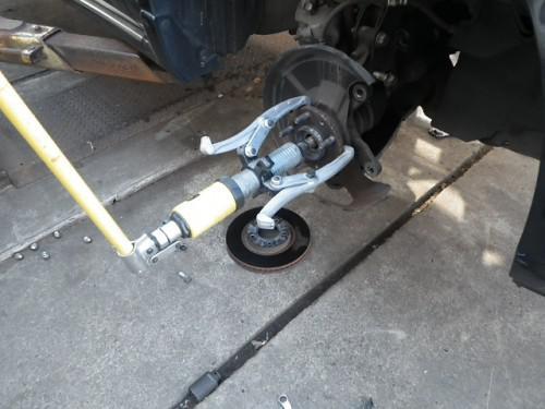 普段の自動車修理を紹介します。