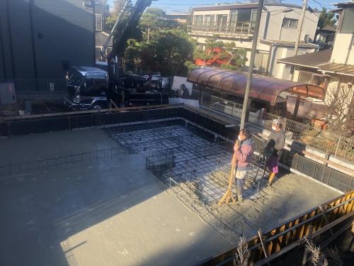 湘南注文住宅基礎コンクリート打設