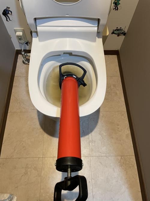 埼玉県さいたま市中央区にてトイレつまり修理実施。