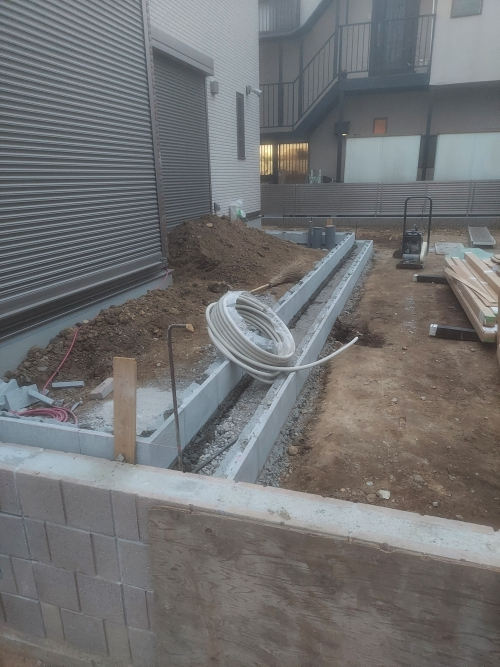 金沢区で外構工事。