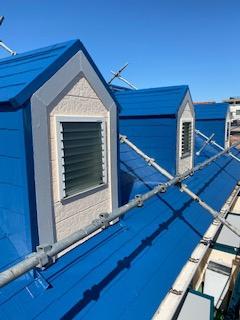 新宿区で屋根の遮熱塗装工事を施工しました