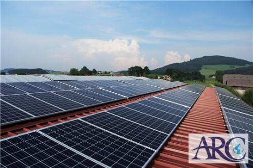 工場や屋根の上を自家消費型太陽光発電で有効活用し電気代削減!