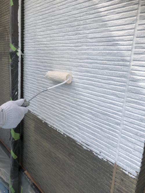 入間市で下塗り塗装工事を施工してきました