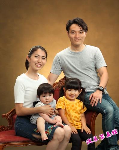 浅草で毎年残す家族写真はいかがですか!