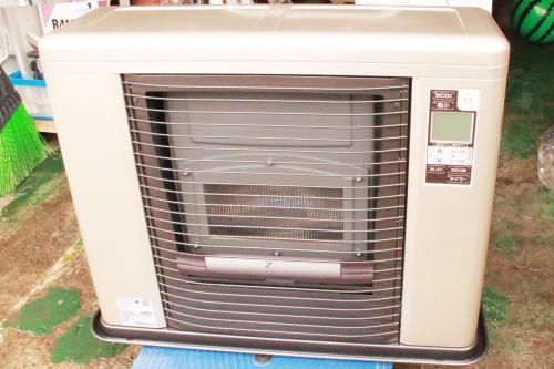 季節外れの暖房器具(ストーブ)の買取りです。