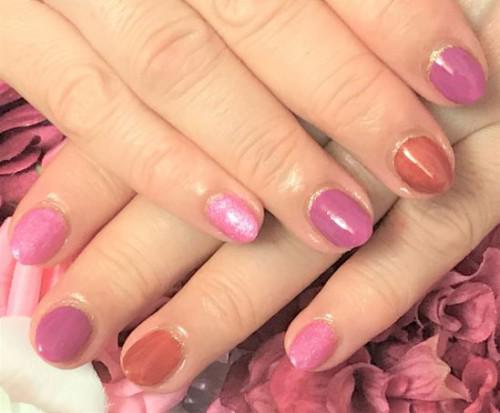 好きな色で指グラデーションネイル
