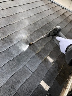 狭山市で屋根の高圧洗浄工事を施工してきました