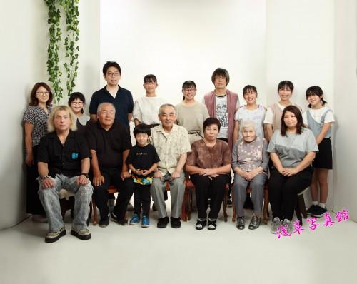笑顔が宝物!ご長寿記念・浅草で集う家族の思い出