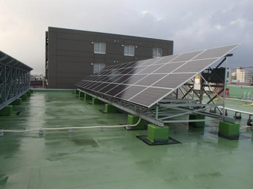 二次災害の停電対策には自家消費型太陽光発電★
