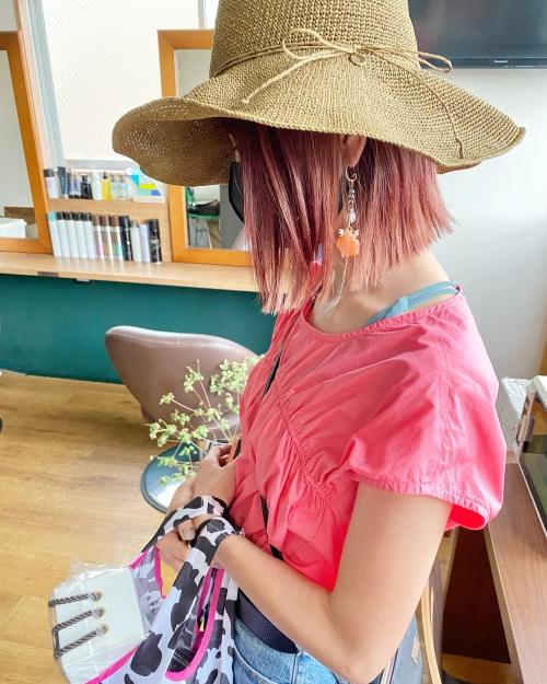 ブリーチカラー ピンクヘア 切りっぱなしボブ ふじみ野美容室