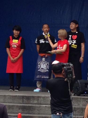 2014 肉汁祭 ギョーザvsからあげ グランプリ